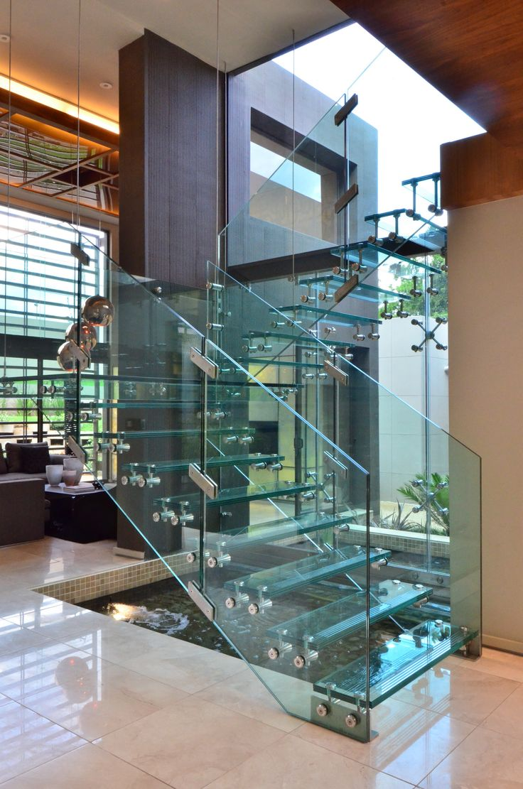 House sed glass staircase nico van der meulen for Interior decoration under gst
