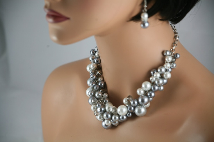 glass pearls in white, pewter, and silver gray ( Etsy :: http://www.etsy.com/listing/114300533/gray-pewter-and-white-bridesmaids-chunky?utm_campaign=Share_medium=PageTools_source=Pinterest# )