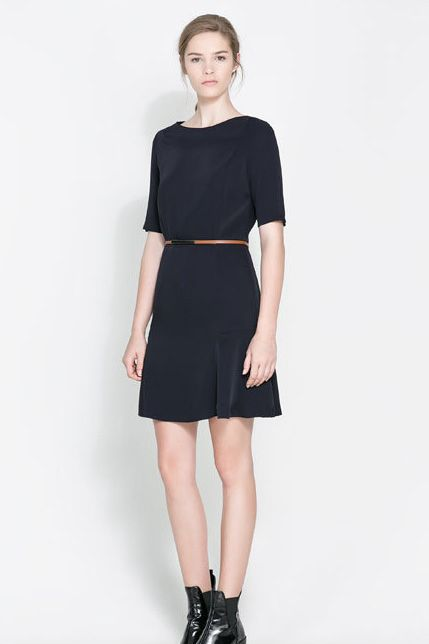 Simple fashion round collar pure color dress