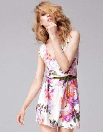 Kwieciste sukienki 2017 - sukienki w kwiaty - Wiosna w Twojej szafie