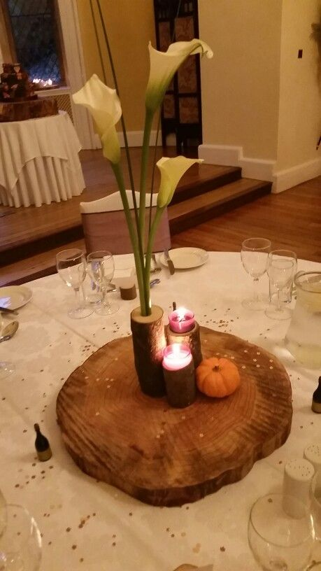 Table piece at October wedding