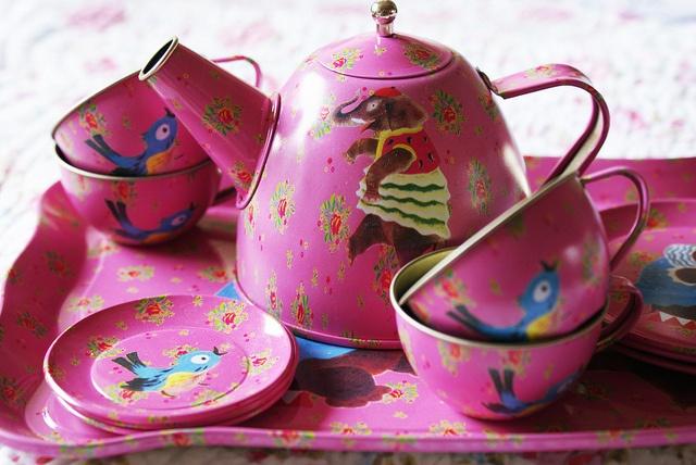 Cute pink tin tea set