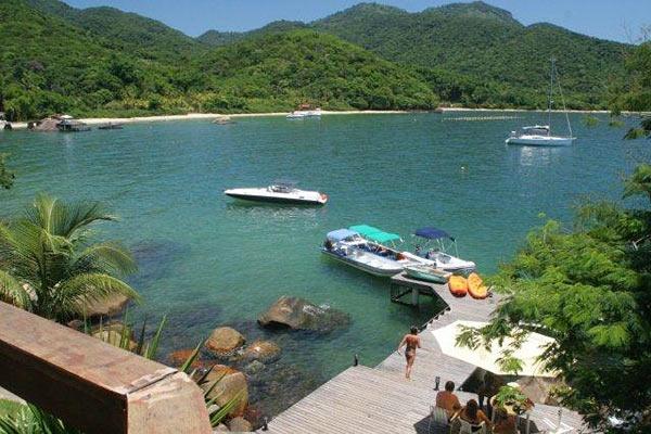 • Pousada Praia da Camiranga - Ilha Grande