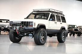 best 25 lifted jeep cherokee ideas on pinterest jeep. Black Bedroom Furniture Sets. Home Design Ideas