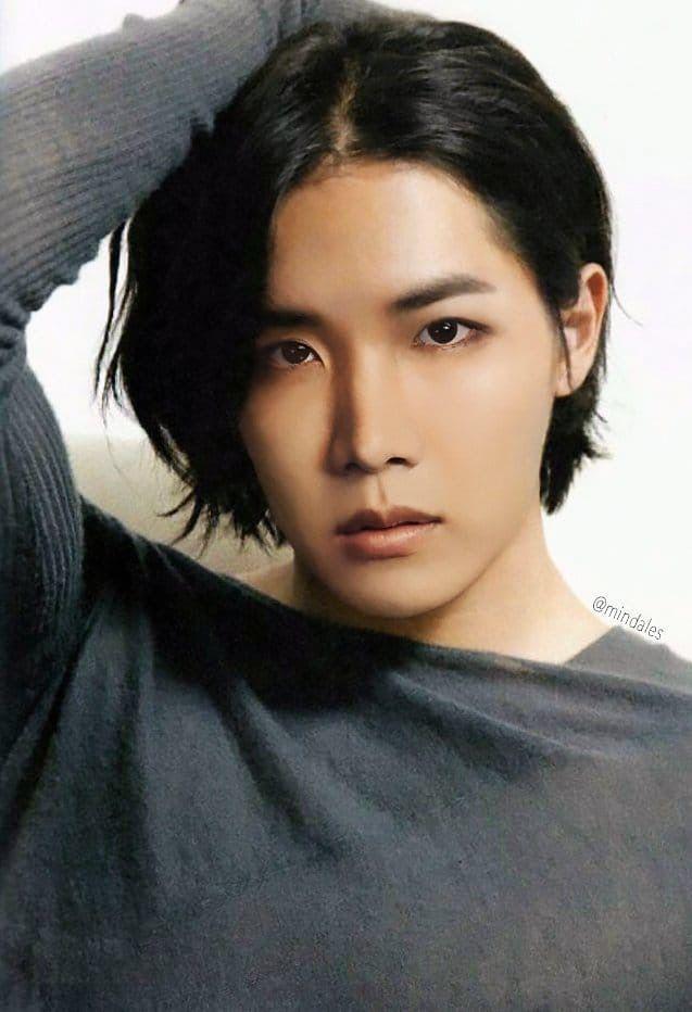 J Hope With Long Hair Edit Long Hair Styles Actors Korean Actors