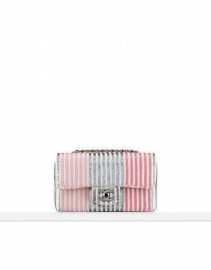 c58f018af6cf Chanel Mini handbag con paillettes multicolor #Chanelhandbags ...