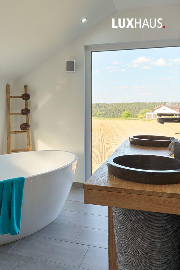 AuBergewohnlich Badezimmer Mit Blick, Freistehende Badewanne #Inneneinrichtung #Badezimmer # Ideen #badezimmerideen #badewanne