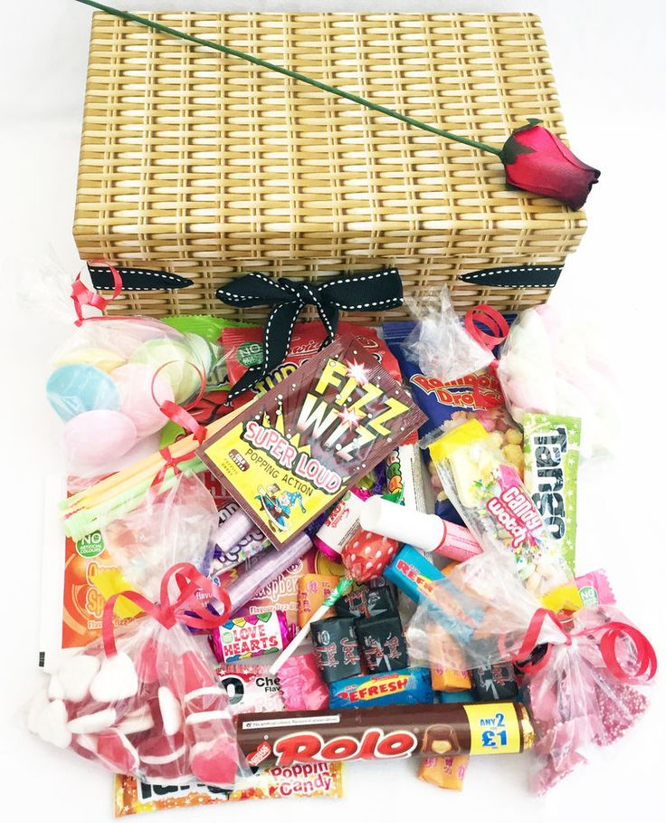 RETRO SWEET HAMPER  VALENTINES GIFT SWEETS LOVE  BOX  RED ROSE  CANDY