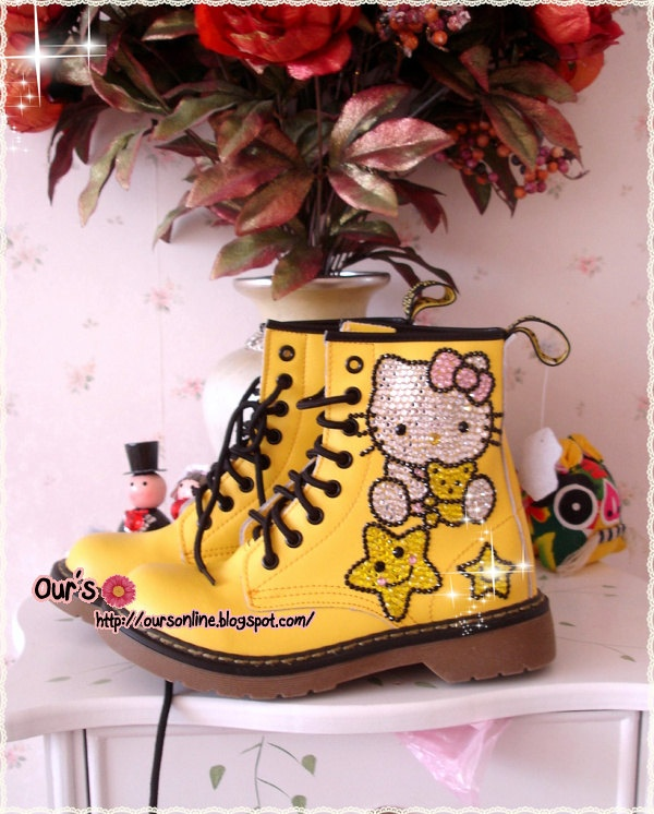Czech  Crystal Bling Bling  Martens boots Style Hello Kitty.
