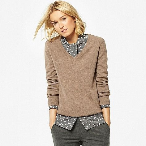 WOMEN 100% Cashmere V-Neck Sweater
