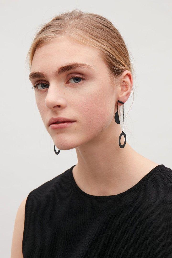 COS image 2 of Circle metal earrings in Black