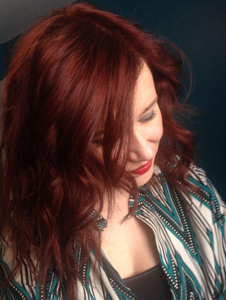 Wella Color Charm Gel - Red 7R. Red hair dye. Dark Brown to red hair.