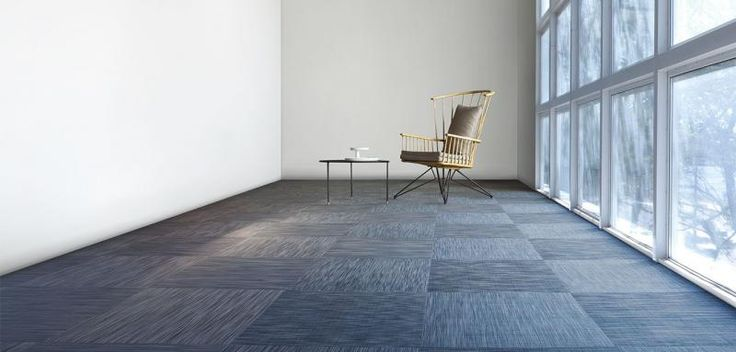 Tkaný vinyl Fitnice, šedá barva, podlahy BOCA. / Fitnice woven vinyl, grey color, floors.