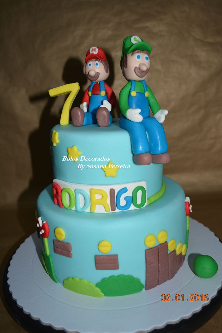 Super Mário Cake https://www.facebook.com/Bolos-Decorados-By-Susana-Ferreira-244449138974413/