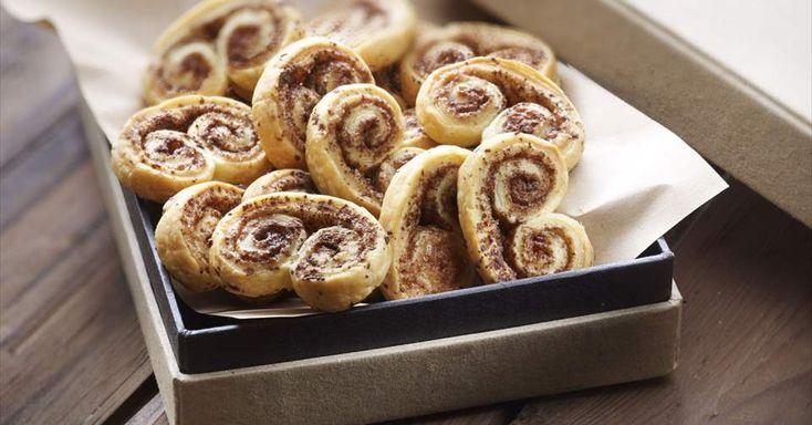Receta fácil y rápida de Palmeras de Chocolate. Entra y descubre recetas en la web de Buitoni Descubre más en Nestlé Cocina.