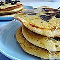 Les vrais pancakes du canada ... aux myrtilles