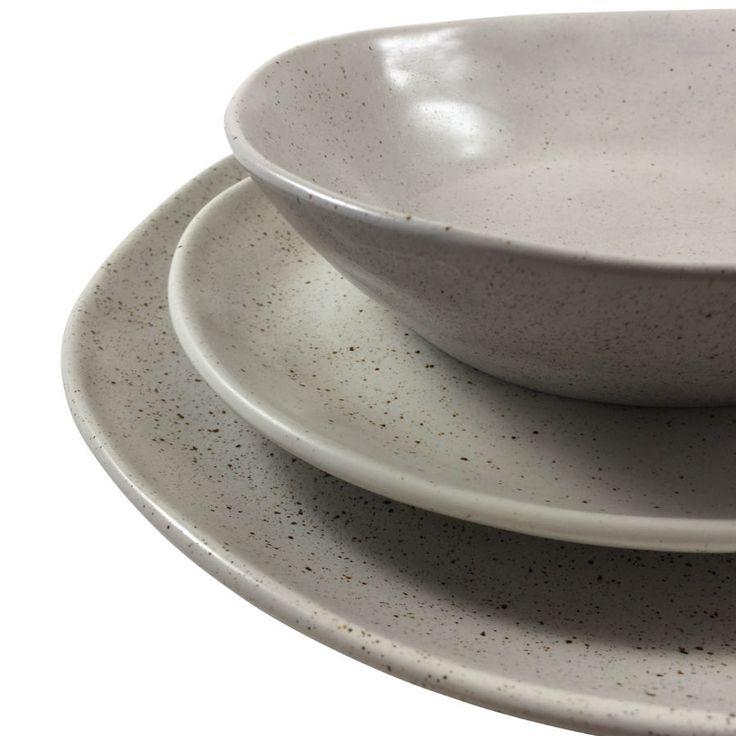 Robert Gordon - Dinner Plate 28cms (Natural), Side Plate 21 cms (Natural) and Bowl (Natural) 19 cms Dinner Set Shown
