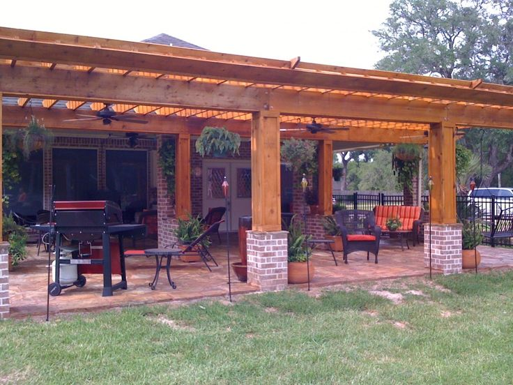 17 best ideas about covered outdoor kitchens on pinterest for Great outdoor kitchen ideas