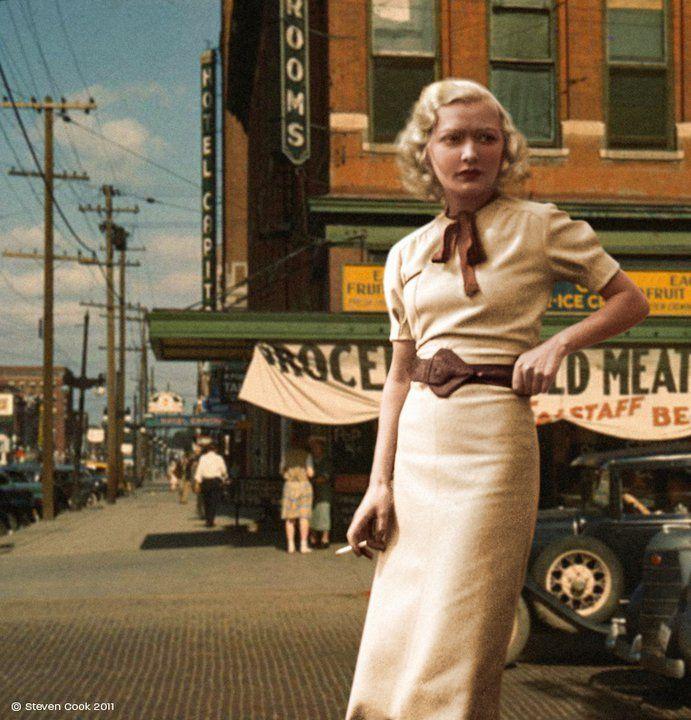 1930s, long line dress street scene.