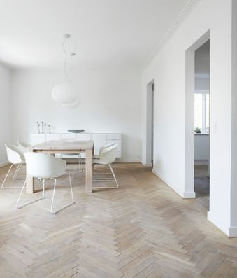 So simply and perfectly well done. I love the floors. My dream house will have these floors.