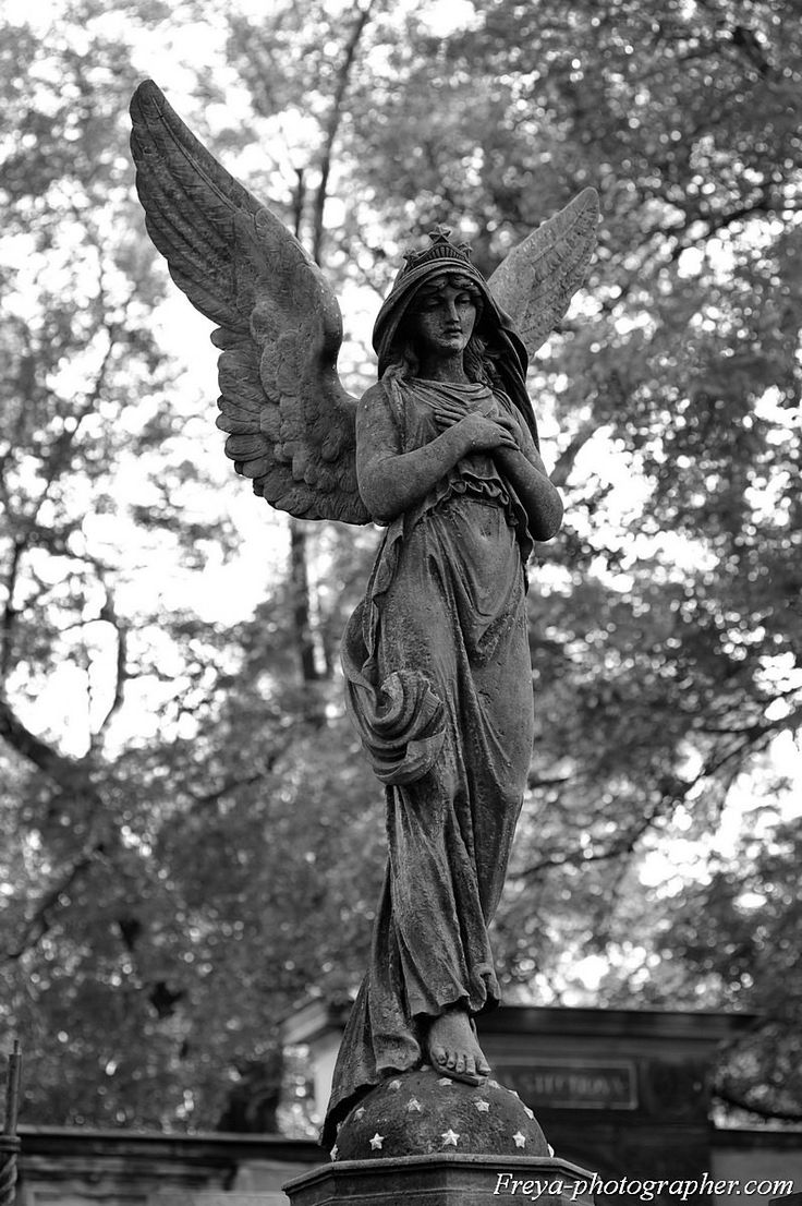 677 best angel statues images on pinterest cemetery angels cemetery art and angel statues