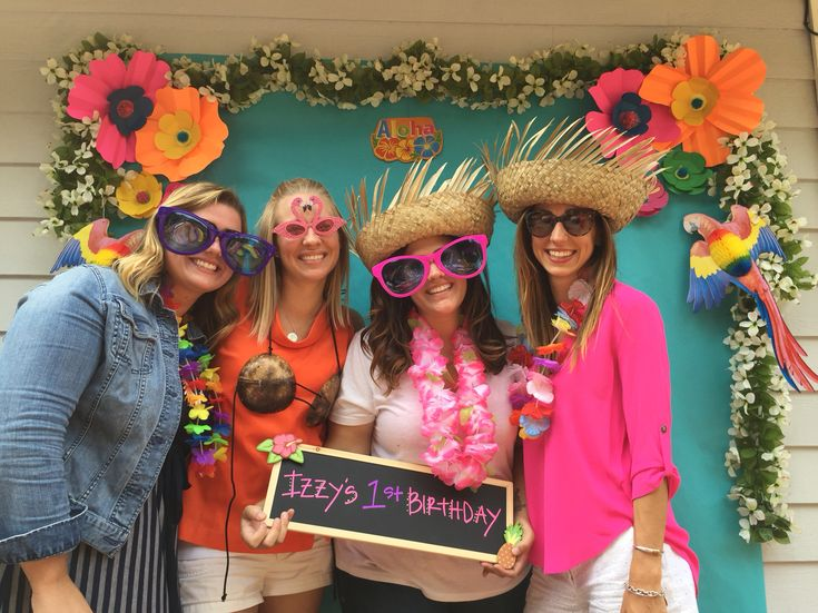 Hawaiian/Birthday/Luau/Photo Booth