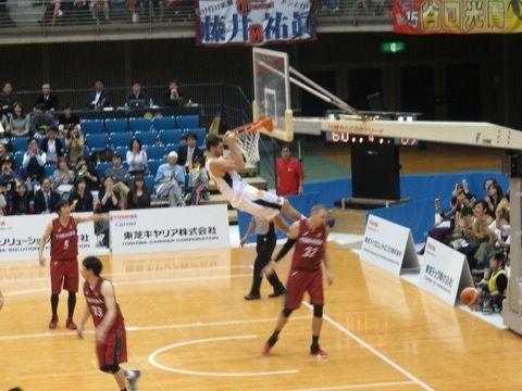 ブログ更新しました。『Game9 リンク栃木ブレックス vs 東芝 ブレイブサンダース神奈川』⇒ http://amba.to/1MHw0Ck