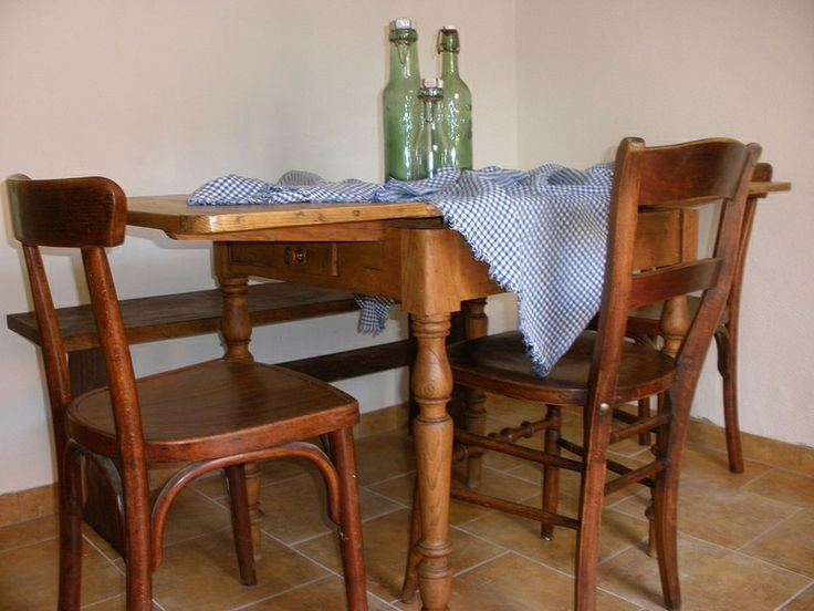 Acient Alsation House in Obersteinbach. Kitchen Table - shabby so lovely