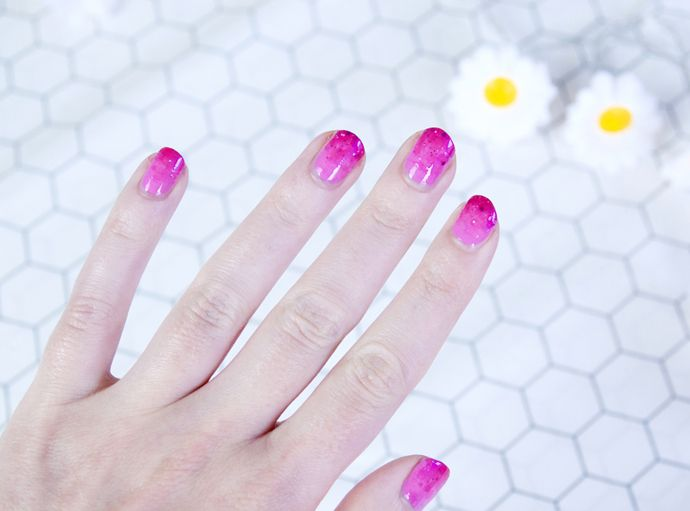 Ombre pink nails tutorial.