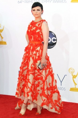 Swoon. Ginnifer Goodwin in Monique Lhuillier resort '13.Monique Lhuillier, 2012 Emmy, Emmy Red, Carpets 2012, Red Carpets, Emmy 2012, Beautiful Embroidery, Awards Fashion, Emmys Dresses Ginnifer Goodwin