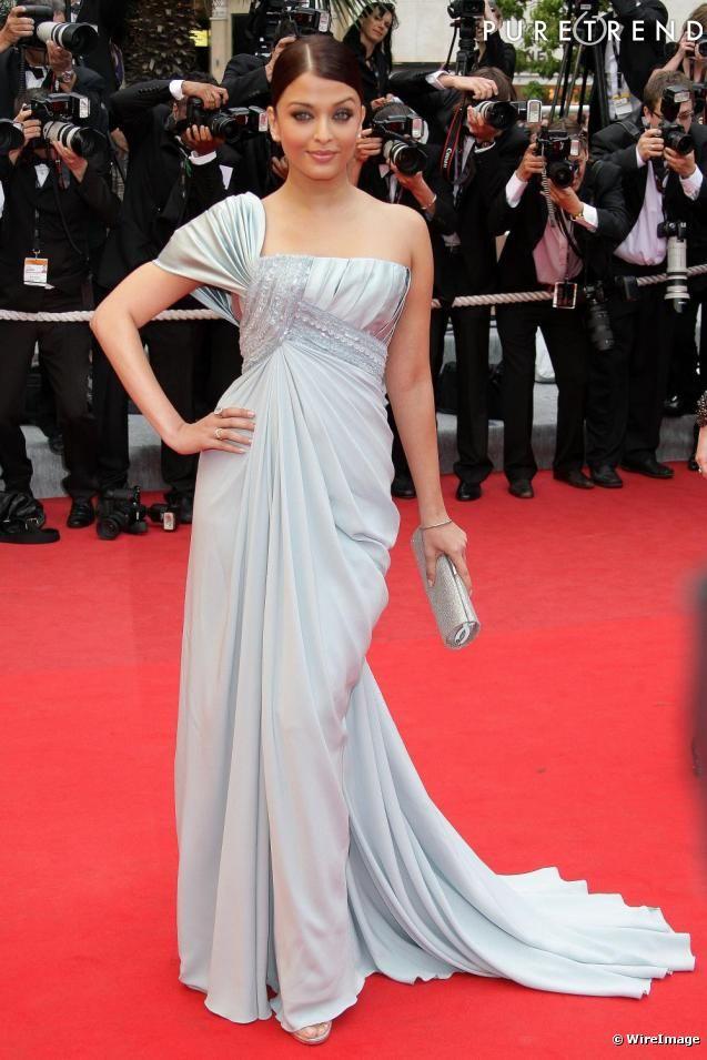 Aishwarya Rai in Elie Saab Spring 2009 Couture - 2009 Cannes Film Festival