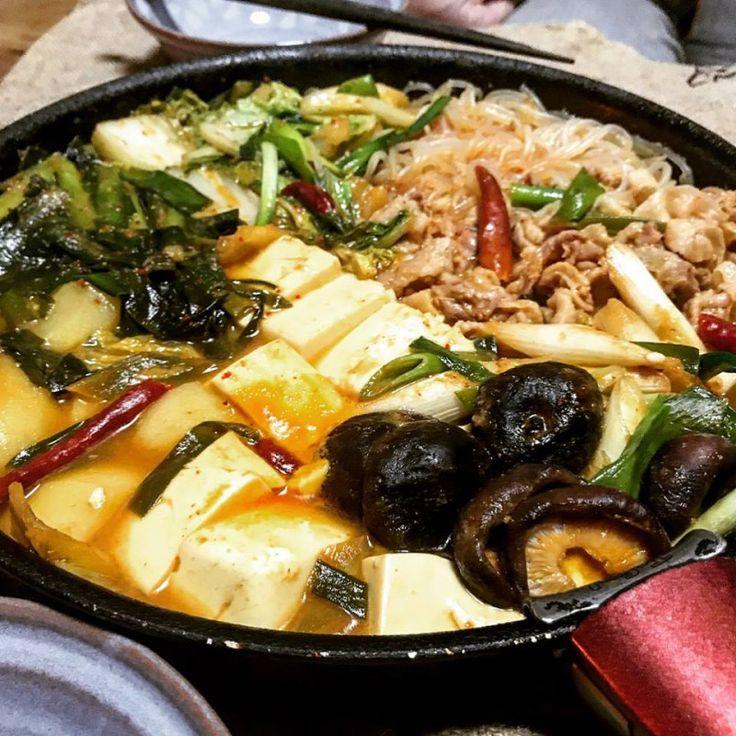 冬季限定のキムチ鍋の素で、、、昨日は豚キム炒め!今日はキムチ鍋♪(´ε` )老舗... SHOOP+FACTORY(シュープ・ファクトリー)@オーナーブログ