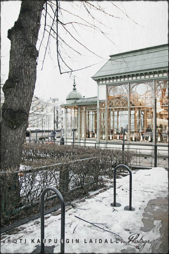 Koti kaupungin laidalla. Kappeli Restaurant Helsinki Esplanadi