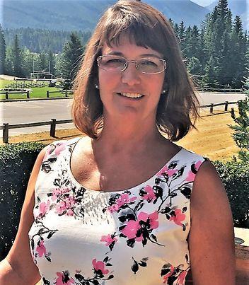 Cheryl Smith - Part of the Elaine Pippi Team/Sales Representative