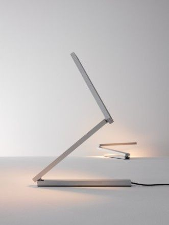 Desk lamp design Frank Oehring produced by Anta
