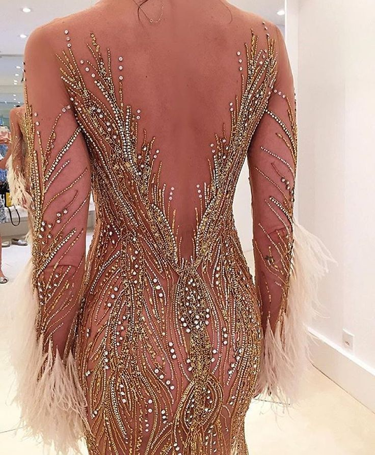 361 best haute couture evening wear dresses images on for Chanel haute couture price range