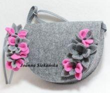 torebeczka z różowym kwiatuszkiem plus opaska