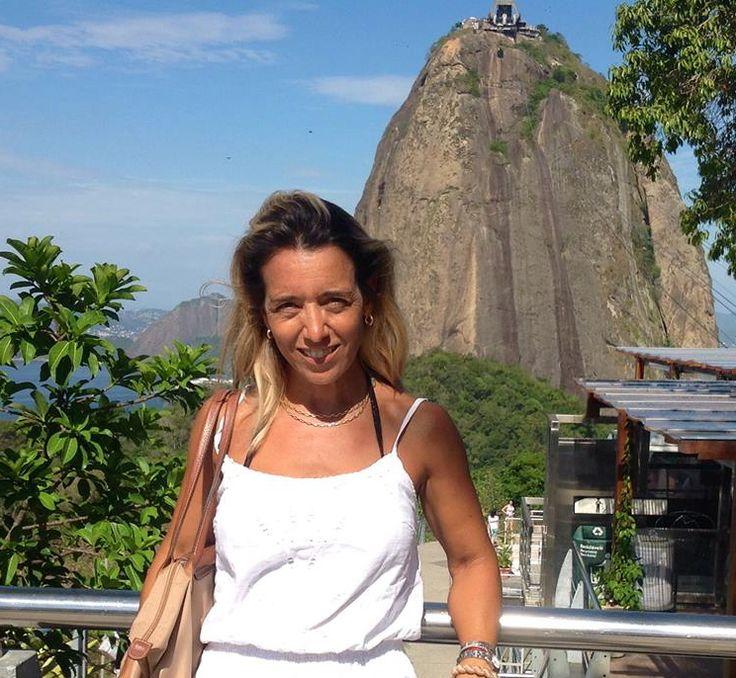 """El estilo #boutique que caracteriza Across Argentina, persigue la búsqueda de relación de #amistad con los #viajeros, que nos permita conocer sus preferencias y expectativas, para poder #diseñar #experiencias de #viaje a su medida. Nuestra """"Gerente de Experiencias"""" cumple un rol muy importante en esta relación, ya que acompaña y asiste al #viajero en todo momento. Conozcamos a Elena Riera! #ViajamosJuntos por #Sudamérica #ExpertosLocales > http://goo.gl/hL1gnf"""