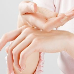 How To Make Your Hands Soft And Pretty