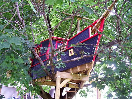 Pirate Ship Tree House, Horseheads, New York  photo by John Carberry  (via Beauty in Everything - Photography): Boats Treehouse, Pirate Ships, Trees Forts, Trees Houses, Tree Houses, Awesome Treehouse, Treehouse Design, Pirates Trees, Houses Boats