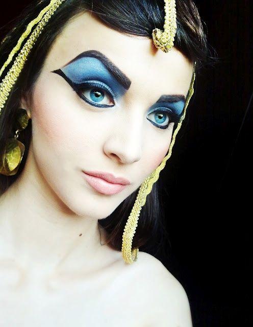 Elizabeth Taylor makeup look for Egyptian costume.  #Halloween #Cleopatra