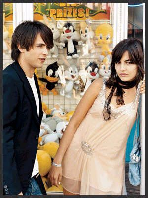 Camilla Belle - Full size - Page 3