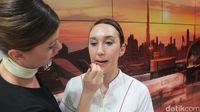 Tadika Puri Cabang Landak Makassar: Mengintip Kelas Make Up Pramugari Emirates