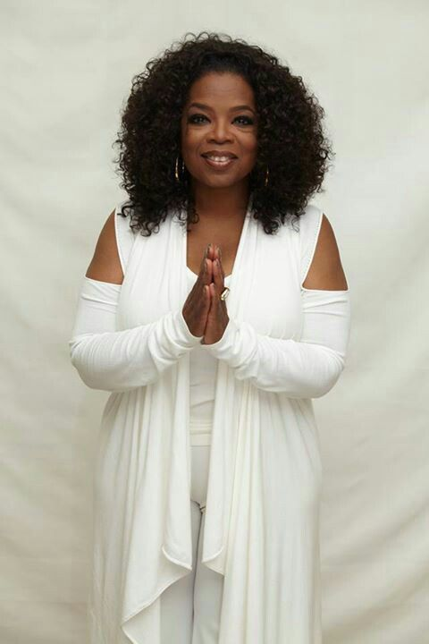 Oprah Winfrey Looking like an angel<3