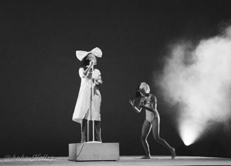Added by #hahah0ll13 Dance Moms #MaddieZiegler performing with Sia's concert for Series Fest at the Red Rocks 2016