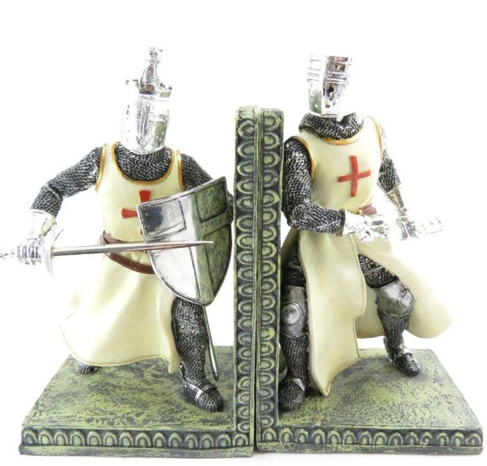 """Pair of bookends """"Les Croisés"""" - Enter the mysterious world of knights and dragons with this pretty pair of bookends """"Les Croisés""""that feeds the imagination. Resin.     link:"""