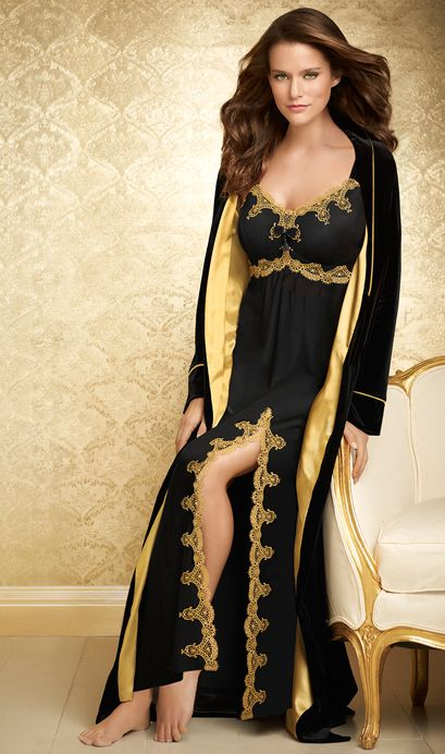 Laurie's Must-Give Gift: #Soma Decadence Collection Gown and Long Robe #LauriesLoves