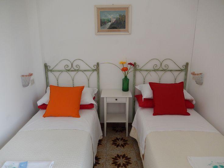 Una dolce notte :)  Prenotate la vostra camera preferita direttamente dal nostro sito ufficiale... e risparmiate!
