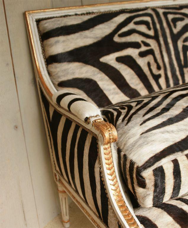 zebra.Zebras Stripes, Louis Xvi, Black And White, Interiors, Zebras Prints, Gold Accent, Animal Prints, Furniture, Accent Chairs