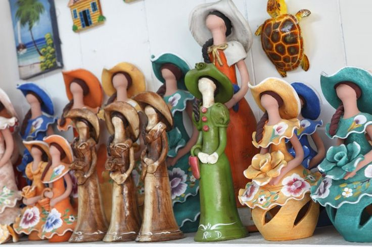 Lime Dolls is the most popular handcraft from DR, they have no face, and emulate ladies from the 1800's